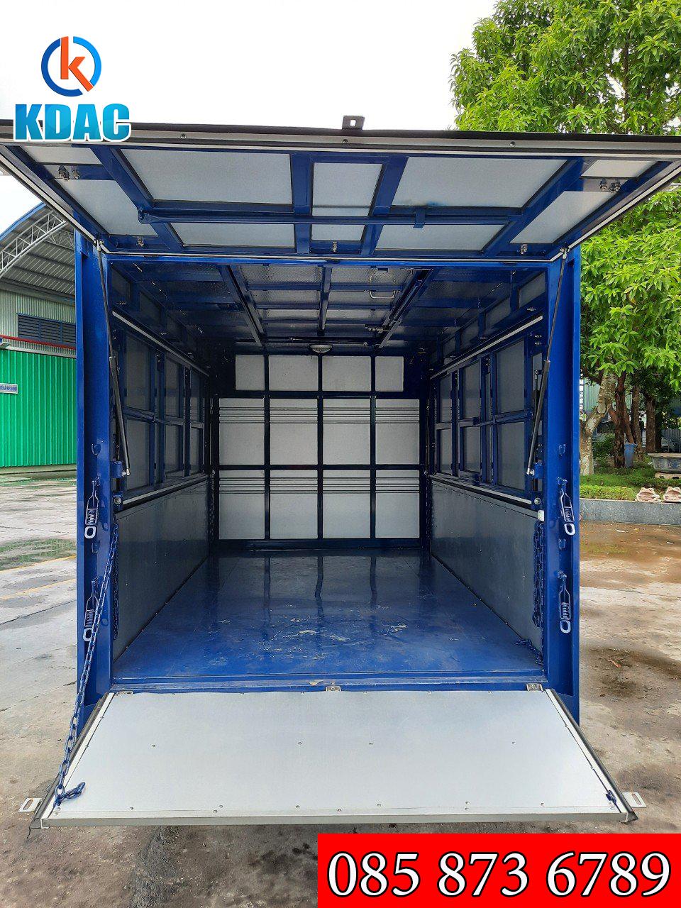 xe tải Kenbo 900 kg thùng kín cánh dơi