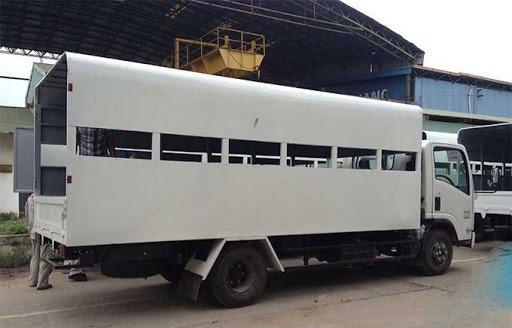xe tải Isuzu 5,5 tấn thùng tập lái