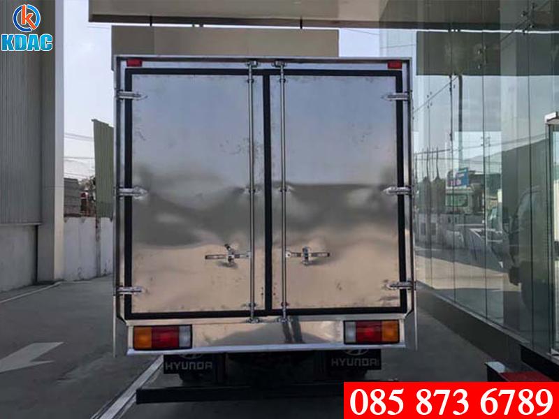 Xe tải Hyundai Mighty EX8 7 tấn thùng kín